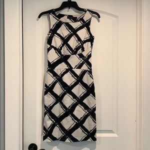 Size 0 limited black and white dress